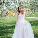 Свадебное платье: Лаванда. Дизайнеры: Александра Примера и Людмила Одайник.