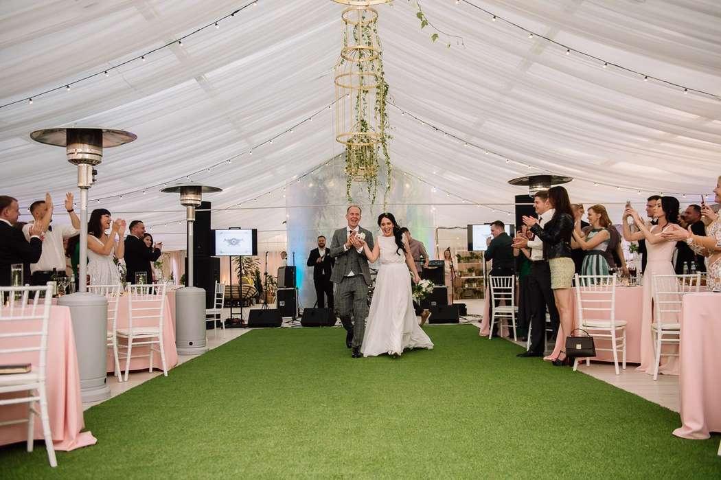 """Свадьба в шатре - фото 15256202 Отель-усадьба """"Лафер"""""""