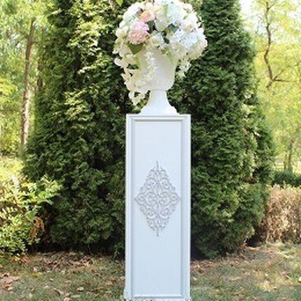 Колонны для цветочных композиций