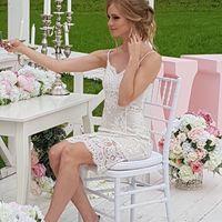 """Эти декорации собирали специально для меня пока жених ездил за моим свадебным платьем, которое я забыла) С оператором делали """"утро невесты"""" чтобы не скучать))"""