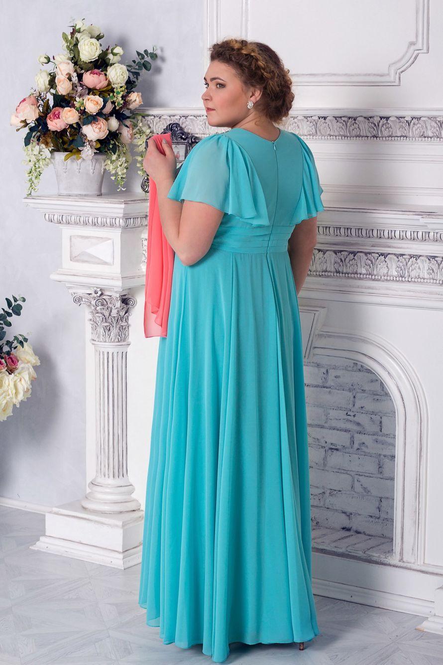 b7b91ea5101 Вечернее платье IRIS Цвет бирюзовый 12500 руб. размер 58 Шифоновое вечернее  платье с рукавами - крылышками. V - образный вырез