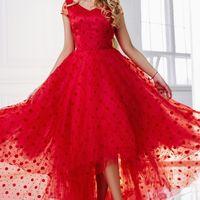 Вечернее платье цвет: красный/горох размеры: 40-48 7500 руб.