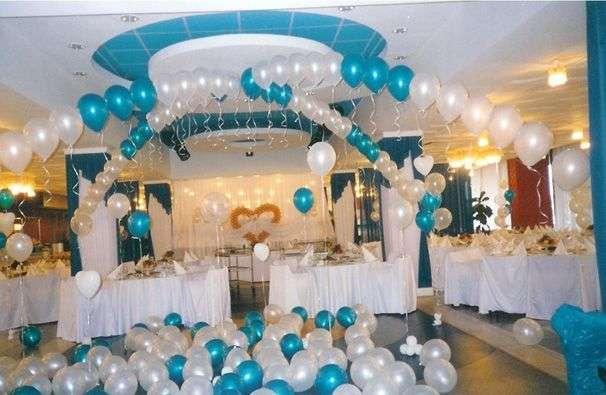 Отличное яркое оформление в цвет Вашей свадьбы - фото 15740358 100шаров - оформление шарами
