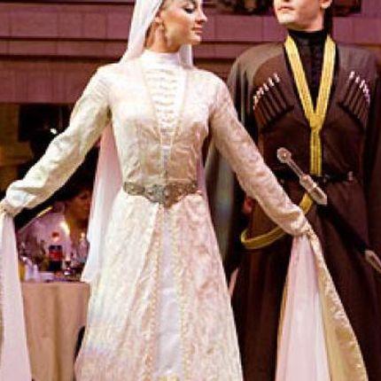 Аренда национальных свадебных нарядов