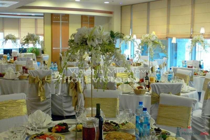 Свадьба, украшение зала - фото 29403 Cвадебная флористика и декор событий FloraVictoria