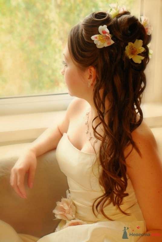 свадебная причёска с живыми цветами - фото 46417 Свадебный стилист Татьяна Мартынова