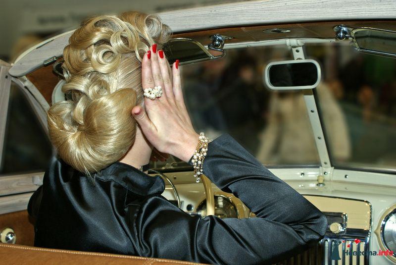 Прическа в стиле ретро - фото 85425 Свадебный стилист Татьяна Мартынова