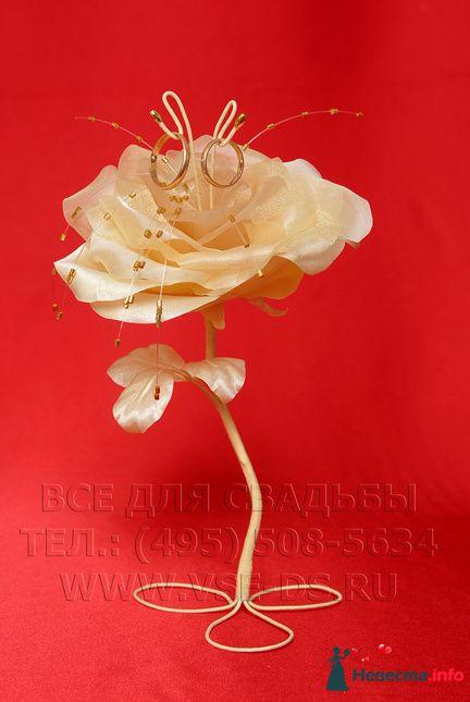 """Подставка для колец """"Цветок"""". Авторская работа. - фото 112382 """"Все для свадьбы"""" - салон аксессуаров и услуг"""