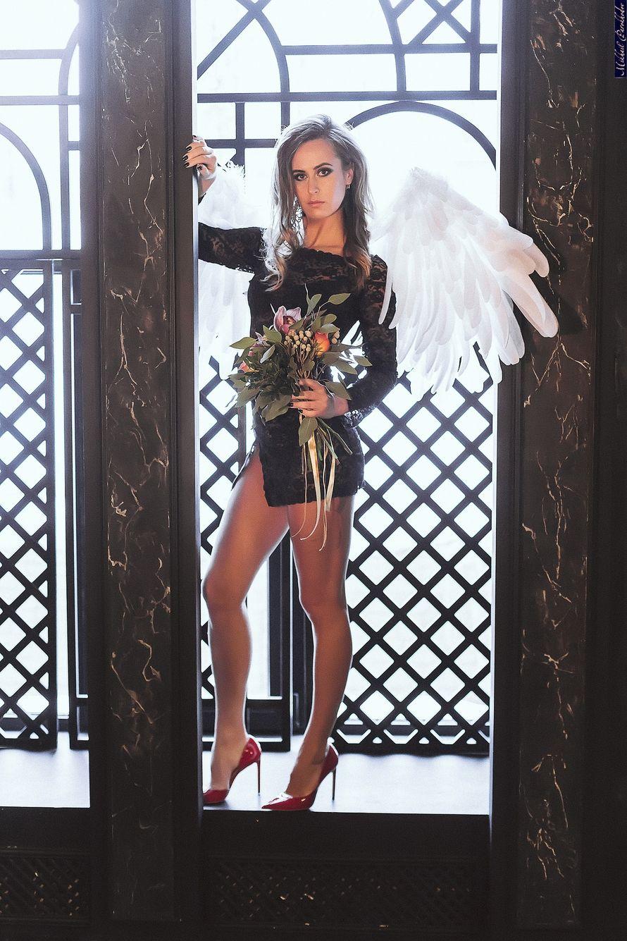 Не знаешь как провести девичник? Спроси у меня! Предлагаю интересную фотосессию, с авторскими крыльями ангела и букетами. Фотосессия может быть в разных образах и стилях, с разным количеством подружек. - фото 16946024 Флорист Anna Zverkova