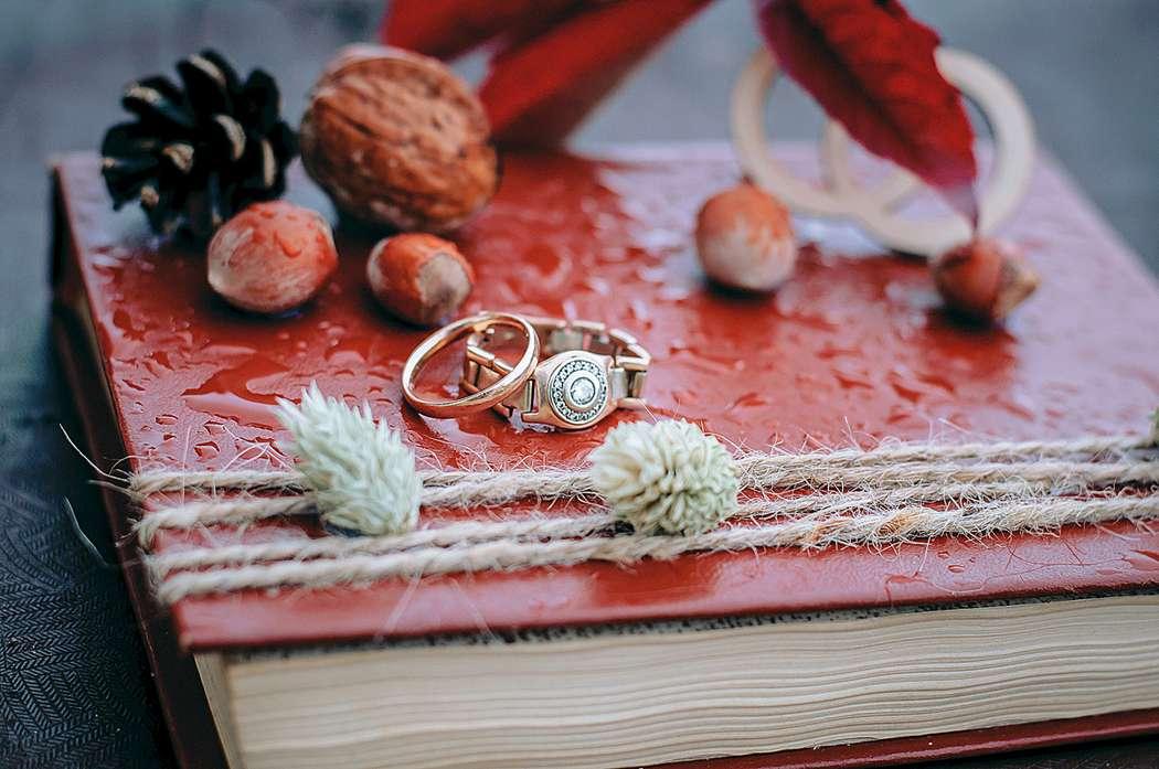 Планируешь свадьбу в 2018 году? Не знаешь как выбрать букет невесты? Я рада тебе в этом помочь!!! С огромным удовольствием создам букет твоей мечты!  Осенний букет и сопровождение фотосессии для прекрасной невесты Марии. - фото 16949226 Флорист Anna Zverkova