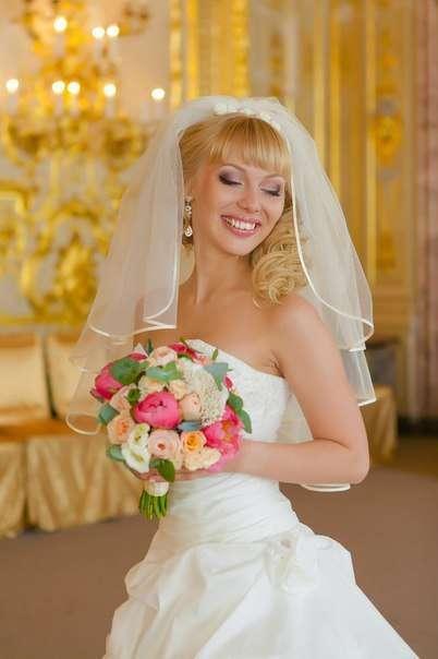Свадебный стилист: Арина Курбатова:  Группа причесок в контакте:  - фото 16254434 Магазин свадебных украшений Арины Курбатовой