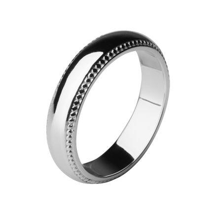 Обручальное кольцо из платины, с окантовкой 4,5 мм