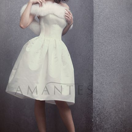 """Короткое свадебное платье в стиле """"ретро"""""""