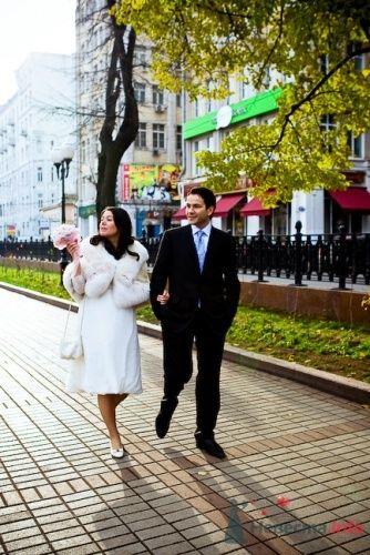 Свадебная прогулка жениха и невесты на Чистых прудах - фото 2776 Фотограф Владимир Будков