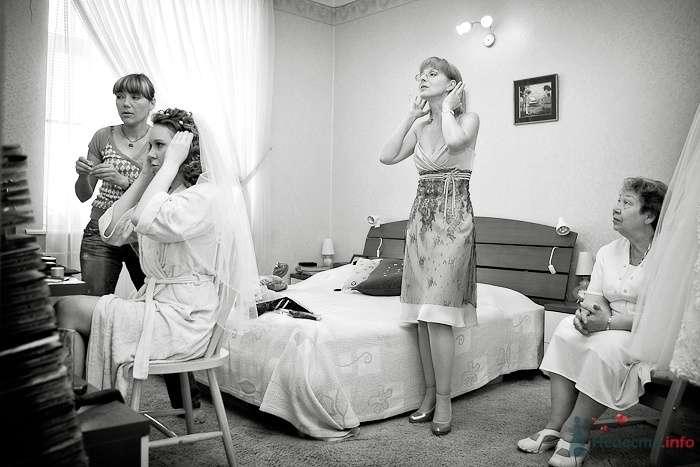 Сборы невесты, мама и бабушка - фото 30910 Фотограф Владимир Будков