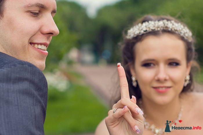 Невеста с божьей коровкой - фото 111331 Фотограф Владимир Будков