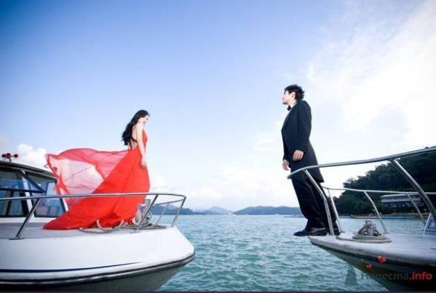 Жених и невеста стоят на разных яхтах в море - фото 54842 Свадебный распорядитель - Бедрикова Оксана