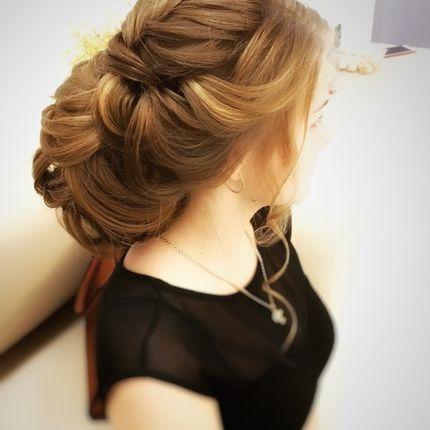 Текстурные причёски на волосы от средней длины