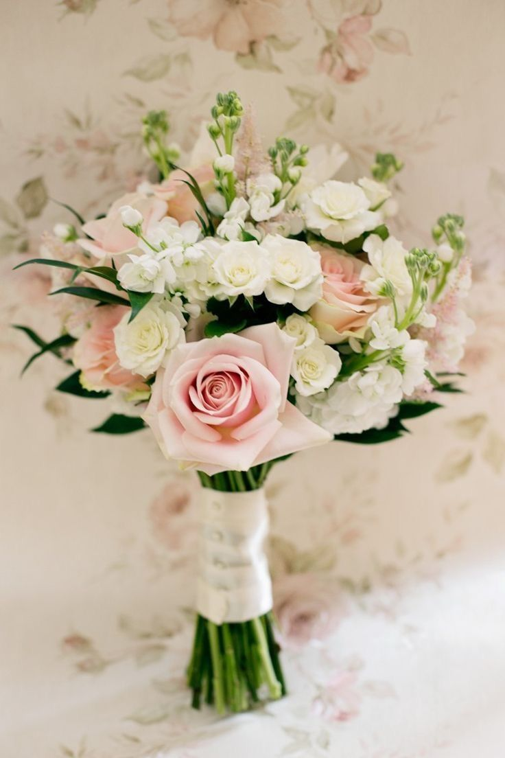 Небольшой свадебный букет фото