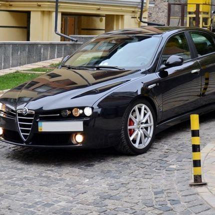 140 Alfa Romeo черная аренда, 1 час