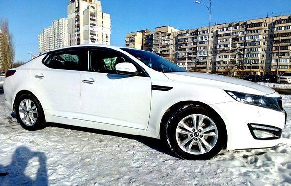 228 Kia Optima белый аренда