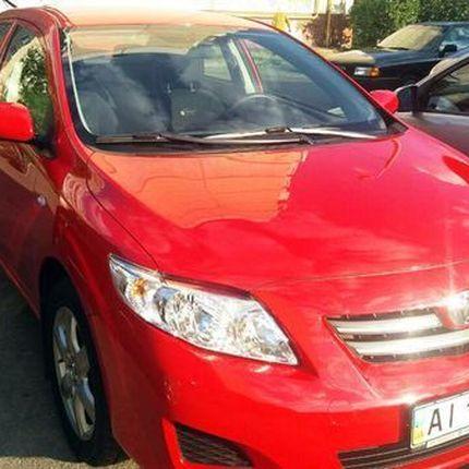 183 Toyota Corolla красная в аренду