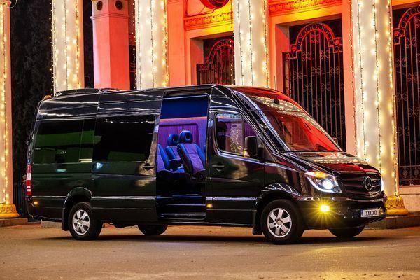 295 Микроавтобус Mercedes Sprinter черный VIP класса аренда