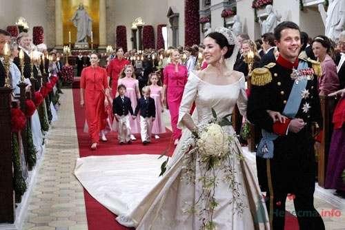 Фото 57711 в коллекции Свадьбы монархов - Incognito