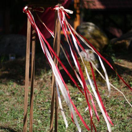 Деревянная подставка по цветы/свечи