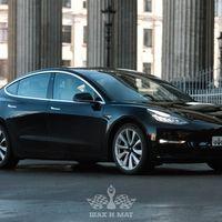 Tesla Model 3 Long Range (black) в аренду, цена за час