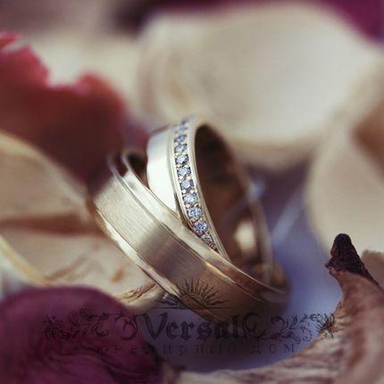 Парные обручальные кольца, артикул VGOK0145