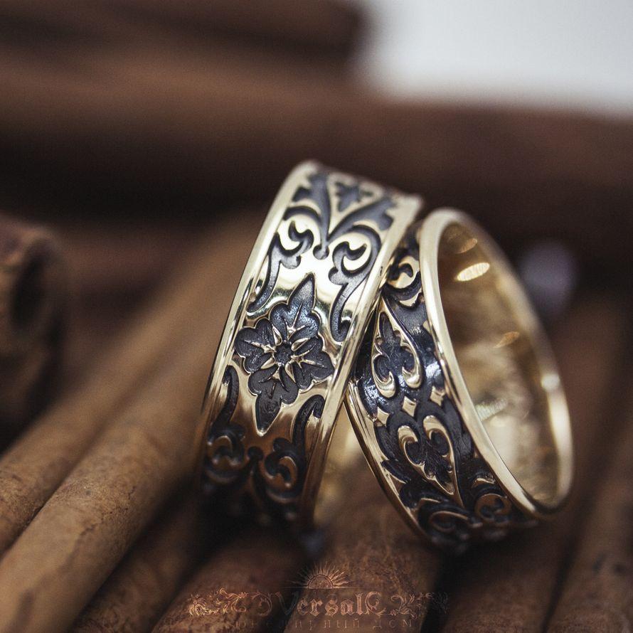 Парные обручальные кольца широкие