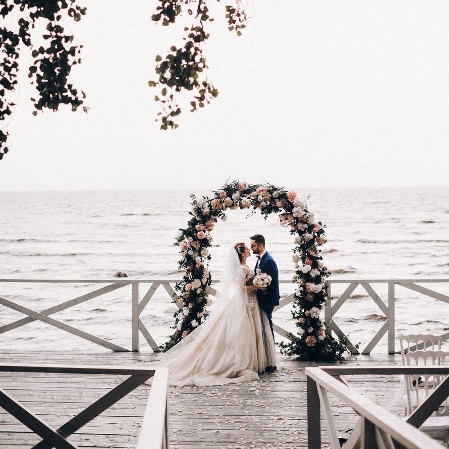 Организация выездной регистрации брака