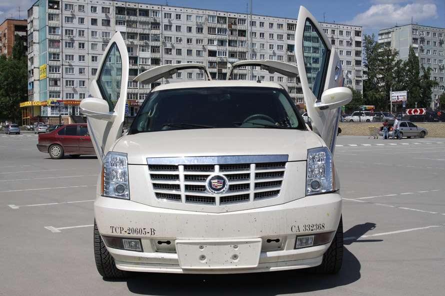 "Cadillac  Escalade - фото 548821 Компания ""101 Лимузин"" - прокат авто"