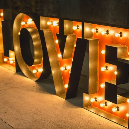 Большие буквы с подсветкой (аренда)