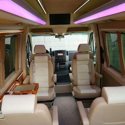 Минивэны и микроавтобусы в аренду