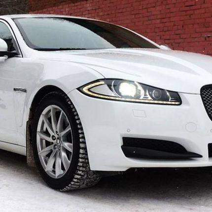 Jaguar XF в аренду с водителем, 1 час