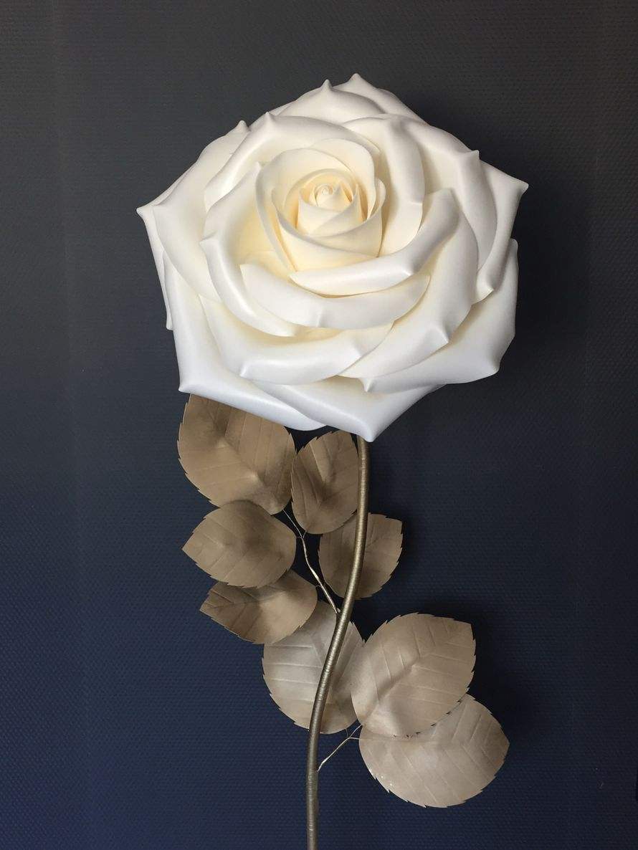 Ростовые цветы - Роза с золотом