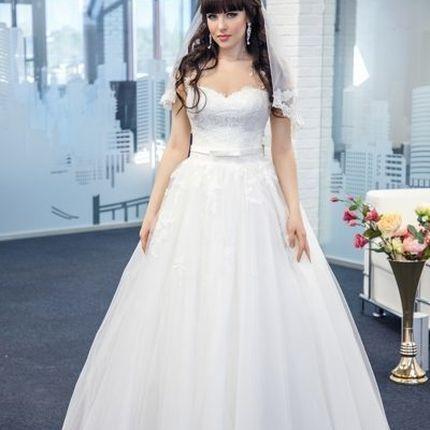 Шикарное платье А-силуэта в цвете айвори