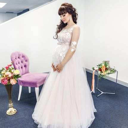 Платье с завышенной талией для беременных