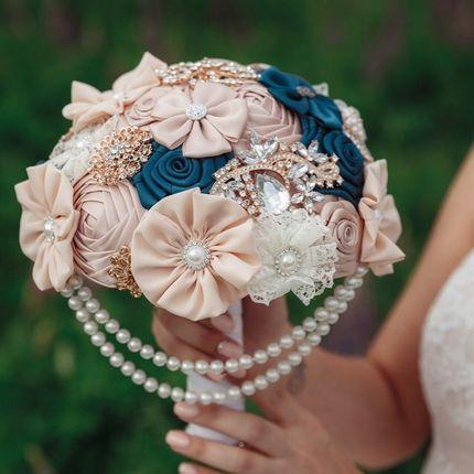 Брошь букет невесты персиковый