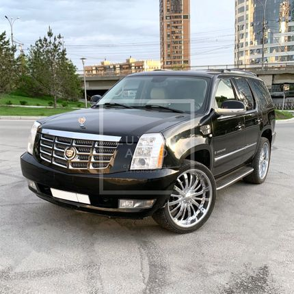 №25 Внедорожник Cadillac Escalade в аренду