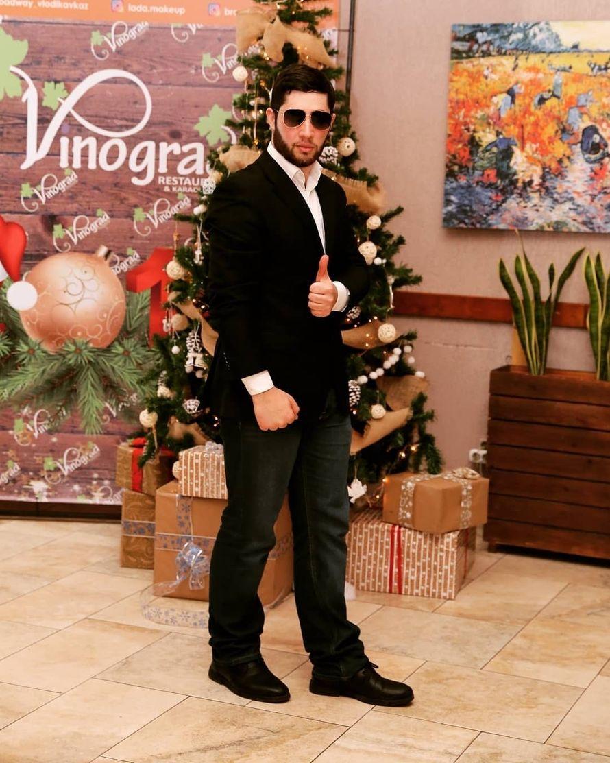Новогодние Праздники в Ресторане Виноград - фото 19375656 Ведущий Заур Гаглоев