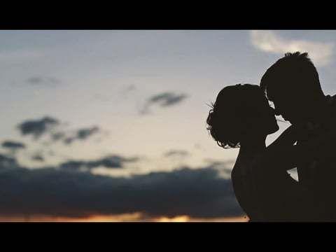 Любовь все больше и больше охватывает ваши сердца...