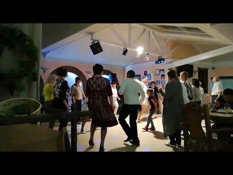 Танцы  с Веркой