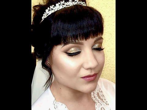 Ксения Саватеева. Свадебный макияж с блестками в технике Cut crease и прическа-пучок