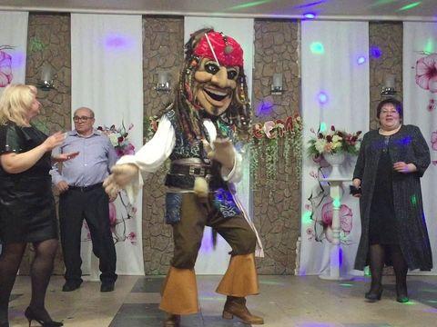 Джек Воробей и пираты Карибского моря!