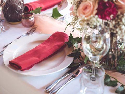 Свадьба в 2021 году: как начать готовиться, не зная точной даты?